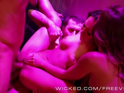 Wicked – Pornstars orgy at the club